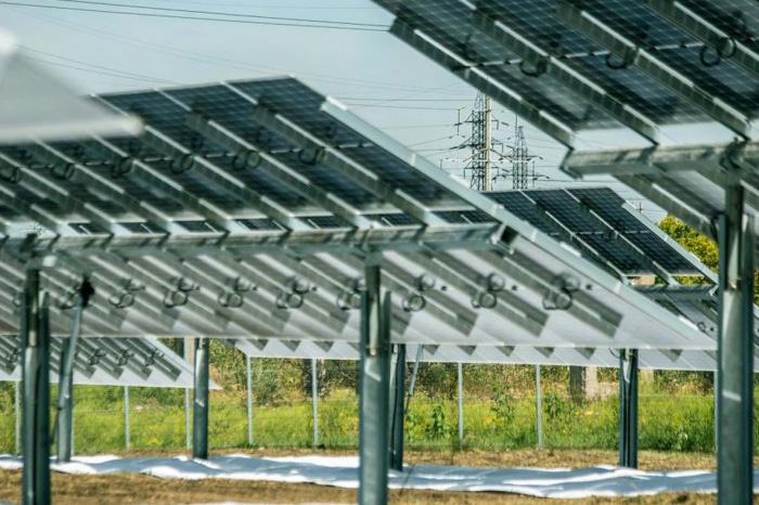 SoliTek atidarė moderniausią Europoje 2MW galios saulės elektrinę