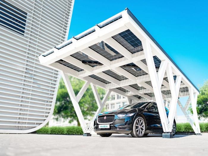 Stoginė automobiliams su integruota elektrine