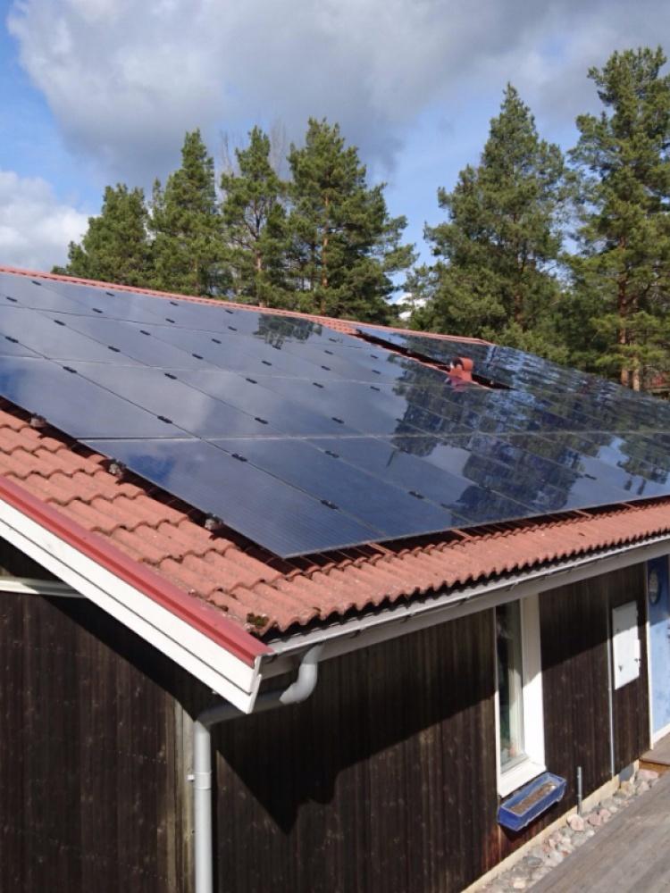 ES parama saulės elektrinėms